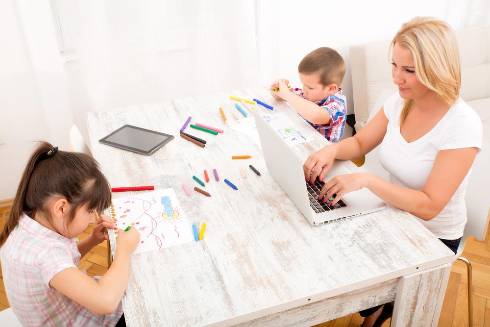 mum-study-home-1
